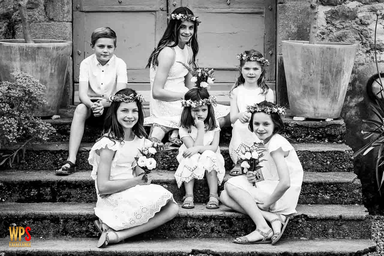Photo drôle d'enfants lors d'un mariage