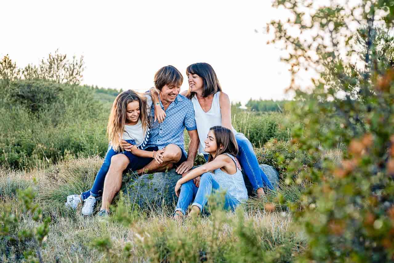 Portrait de groupe d'une famille lors d'un shooting près de Perpignan