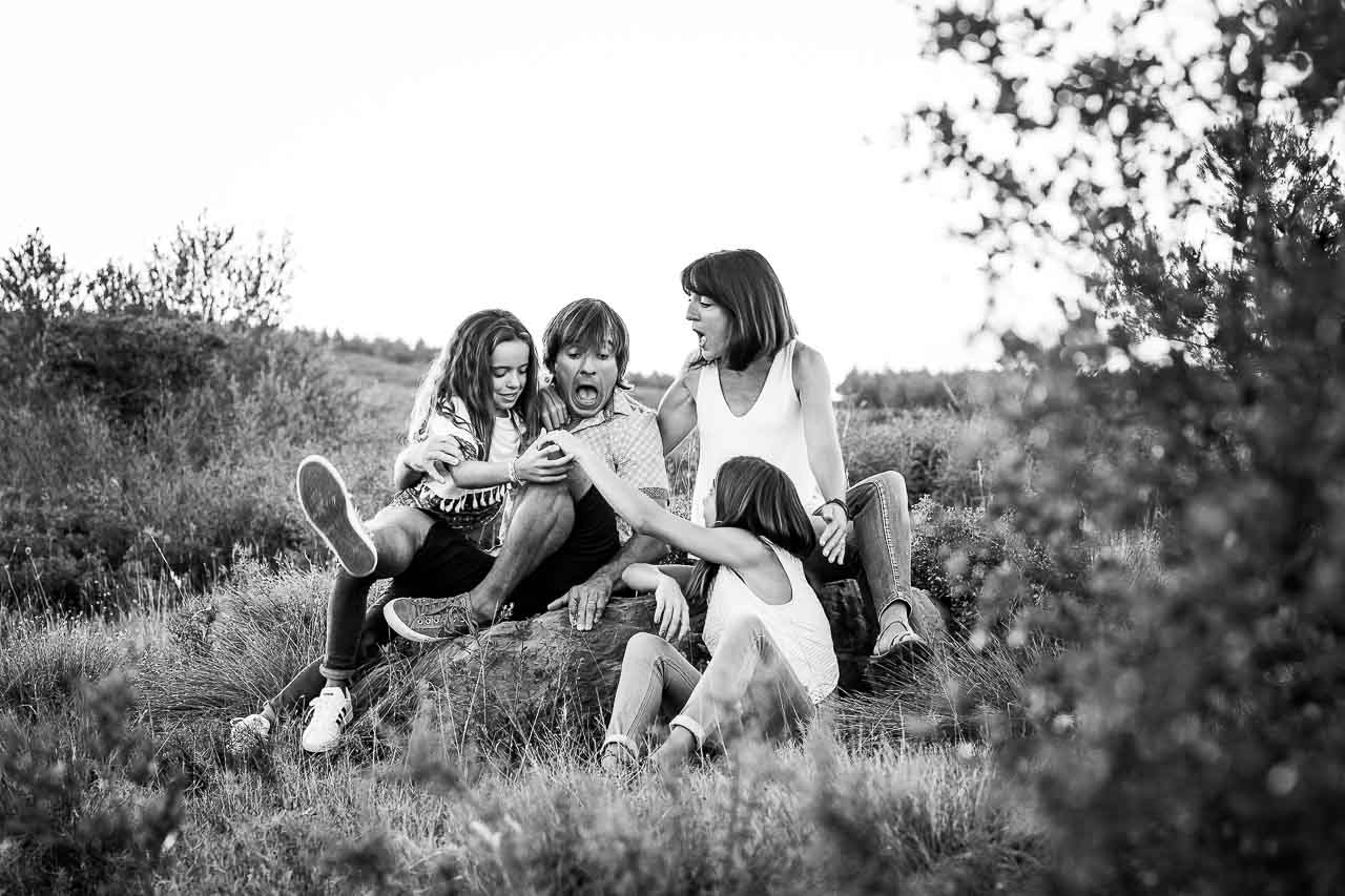 Portrait de groupe lors d'une séance famille dans le 66