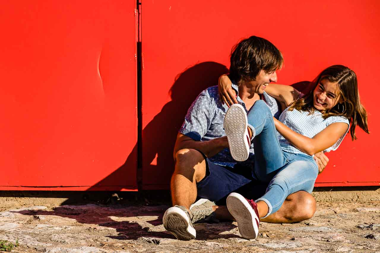 Portrait de famille d'un papa et sa fille lors d'un shooting photo avec Olivier Bolte dans le 66